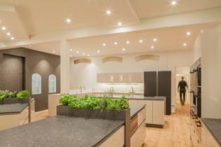 Moderner Küchenbereich | Location: Erlebniskochen LOFT Hamburg
